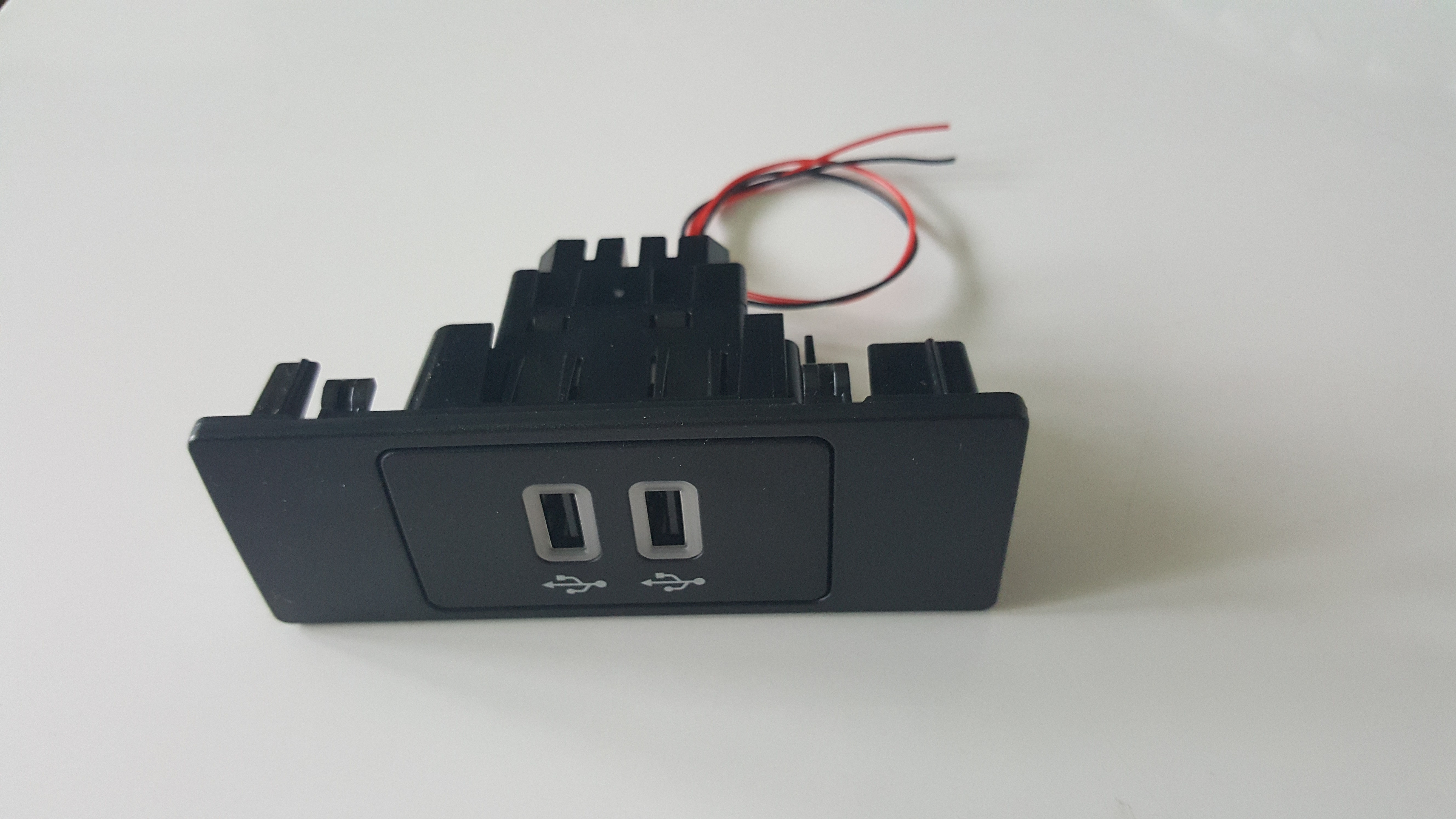 Ford Repair Shop >> SYNC 3 APPLE CARPLAY USB HUB | Sweden Car Performance
